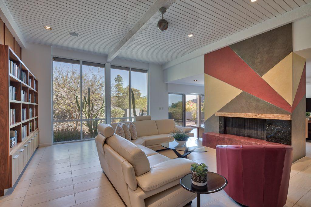 4500 E Lincoln Hills