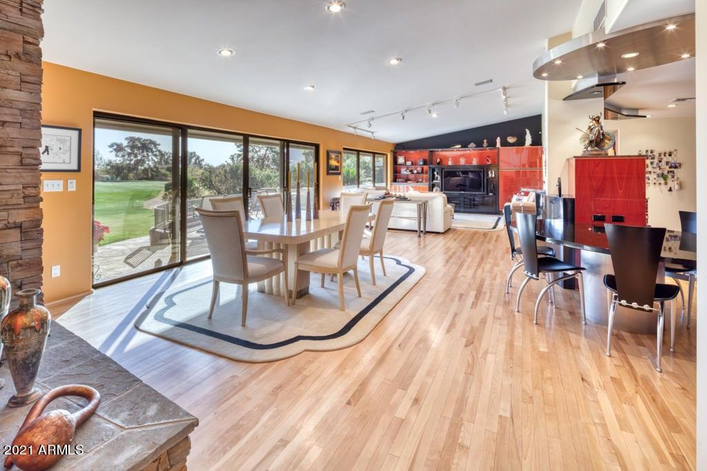 PVCC18Hole-contempory-home