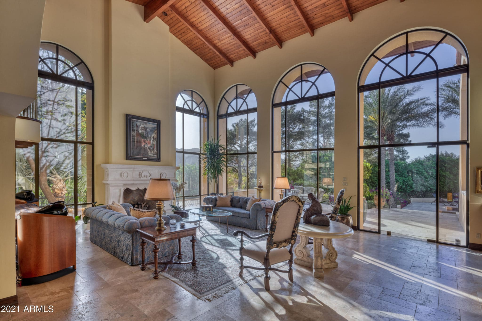 5426 Morrision arched windows by Cal Christiansen
