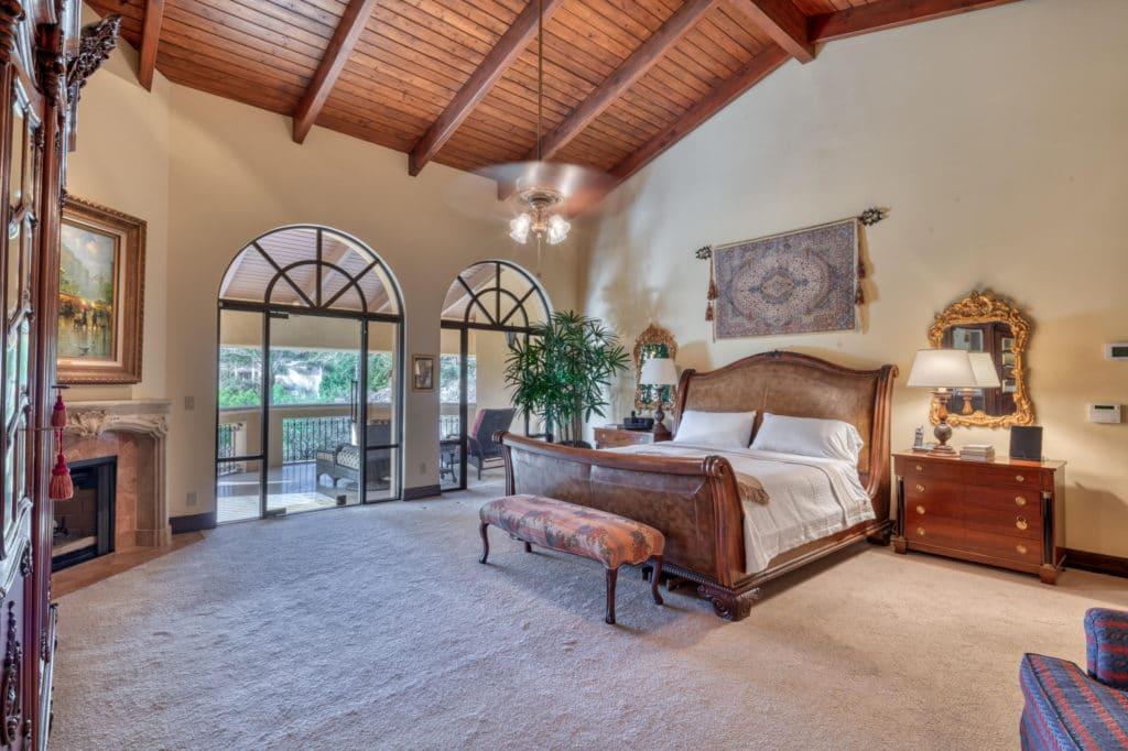 5426 Morrison master bedroom